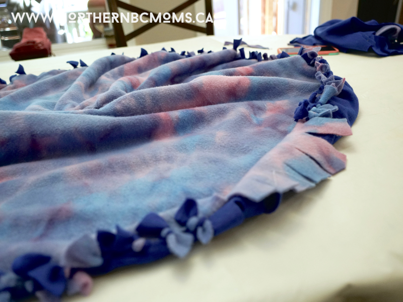 DIY No Sew Fleece Poncho for Toddlers - Finishing it up